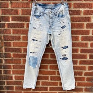 AMERICAN EAGLE slash patch tomgirl button fly jean